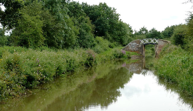 Stratford-upon-Avon Canal north of Wilmcote, Warwickshire