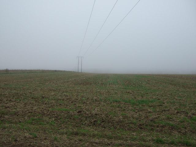 Farmland and power lines, Haisthorpe High Field