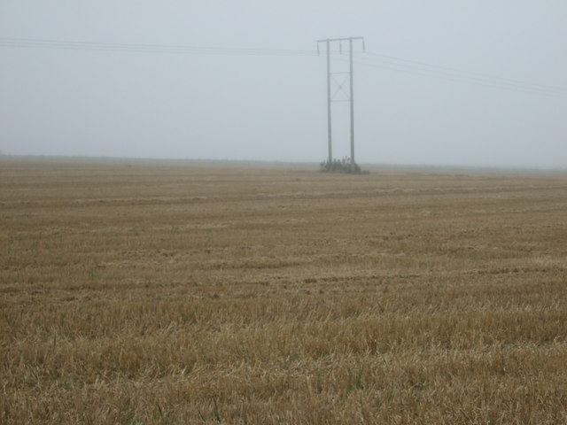 Stubble fields and power lines, Haisthorpe High Field