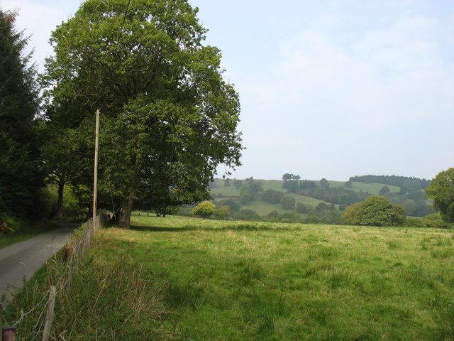 Country north-west of Newbridge-on-Wye