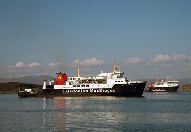 Hebridean Isles in Oban Bay (1)