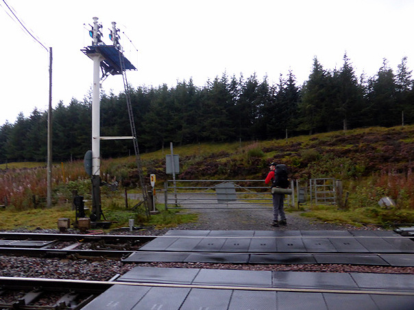 The Dalwhinnie railway crossing