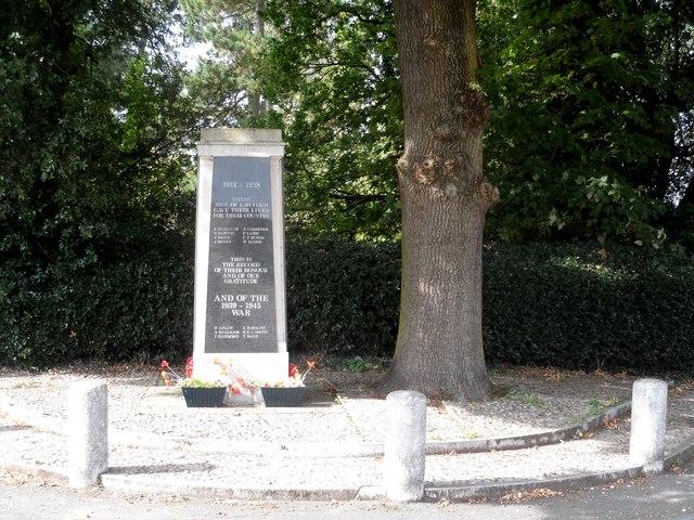 War memorial, Lawford