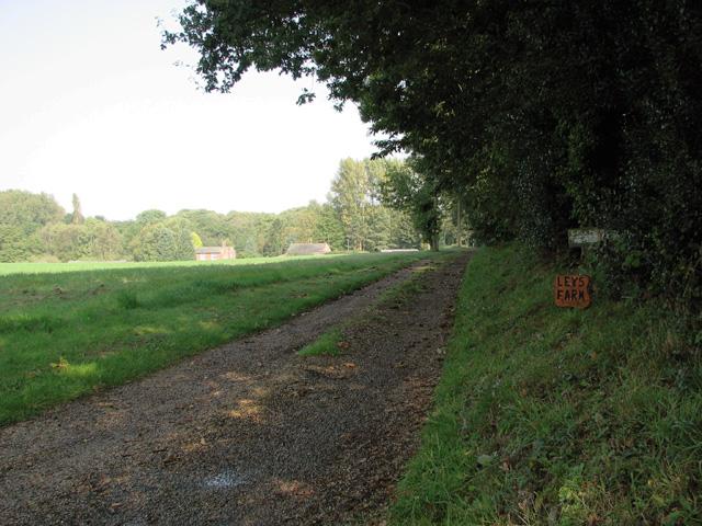 Access road to Leys Farm