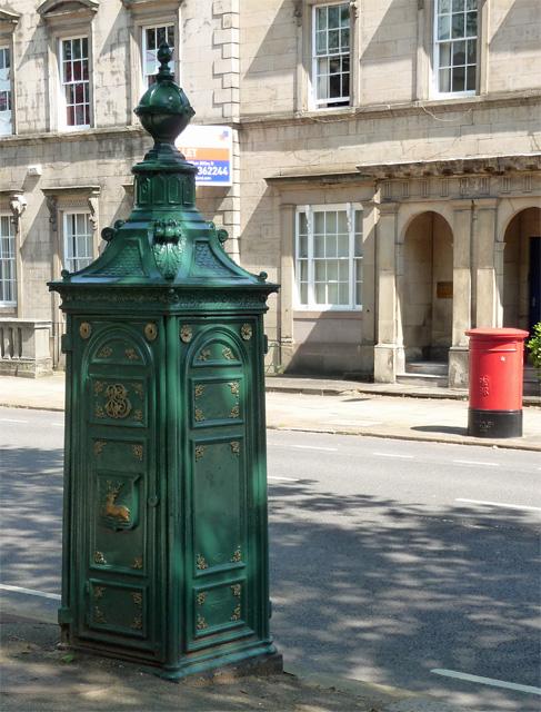 Former electrical transformer box, Friar Gate, Derby