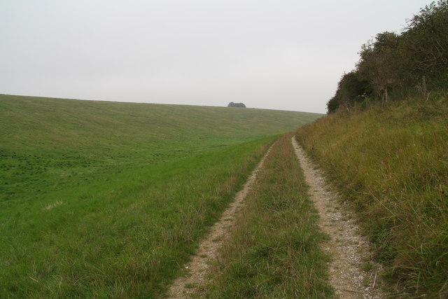 Big country: the bridleway to Rothwell from the B1225