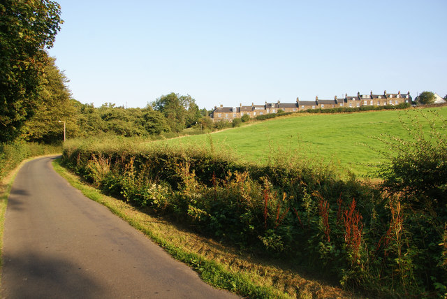 Lane below Carr End
