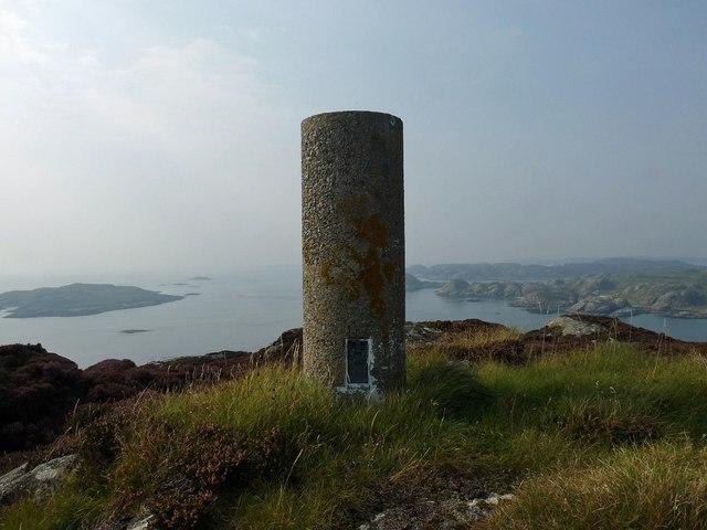 Triangulation pillar, Àird Mòr, Ross of Mull, Isle of Mull