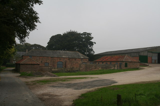 Barns and crew yard at Rothwell Top Farm