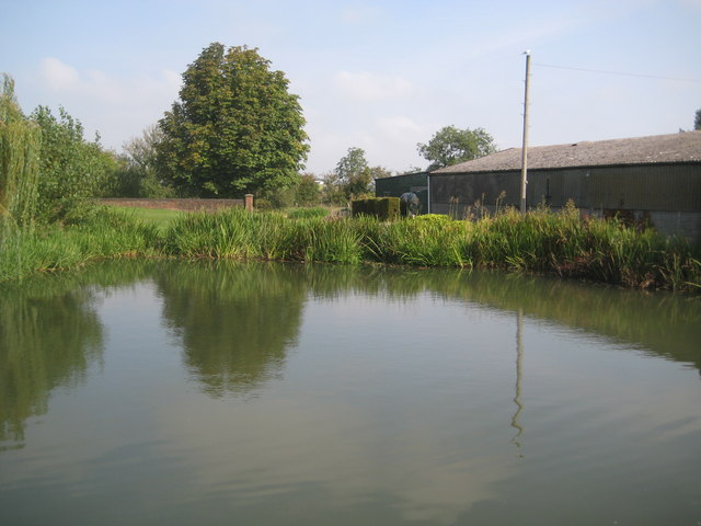 Grand Union Canal: Aylesbury Arm: Merrymead Farm Winding Hole