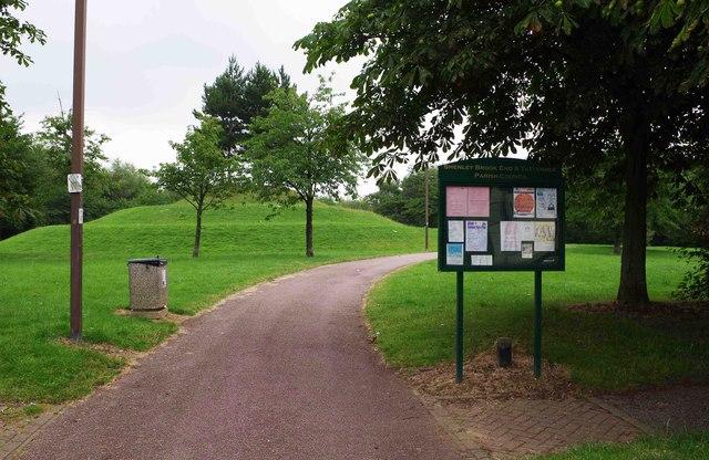 Entrance to Dulverton Drive Local Park, Dulverton Drive, Furzton, Milton Keynes