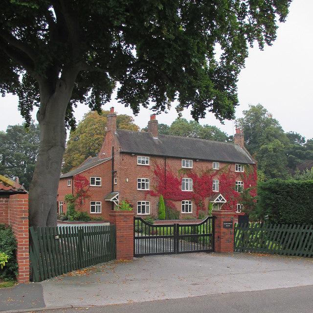 Tollerton: Bassingfield House