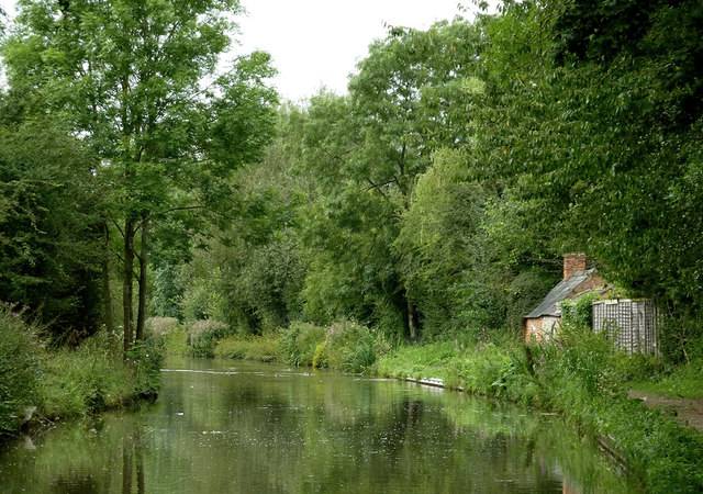 Stratford-upon-Avon Canal north-east of Wilmcote, Warwickshire