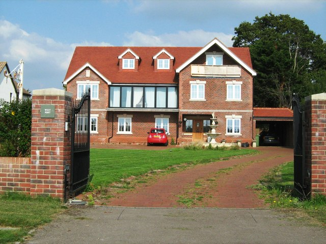 New house, Hook Park Road