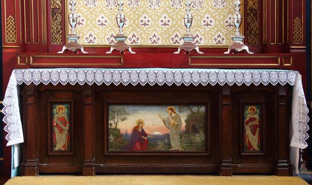 St Mary, High Street, Great Ilford - Altar