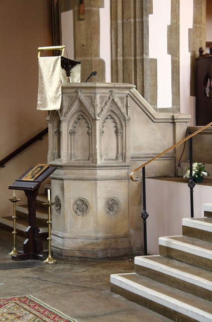 St Mary, High Street, Great Ilford - Pulpit