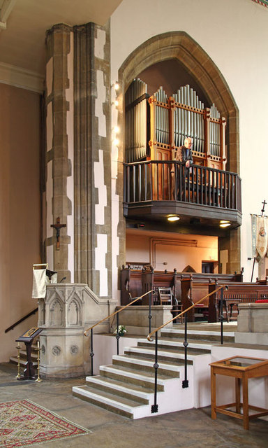 St Mary, High Street, Great Ilford - Organ