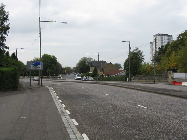 Scotstounhill - Kingsway, looking west