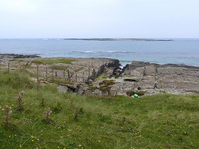 Rocky shoreline of the Ardnave peninsula