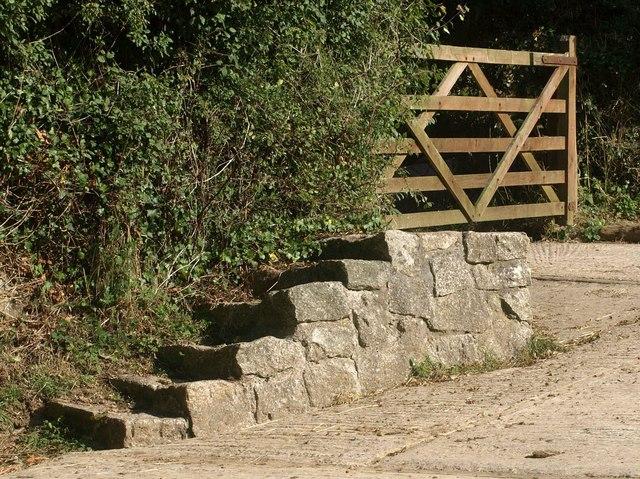 Mounting block, Kilminorth