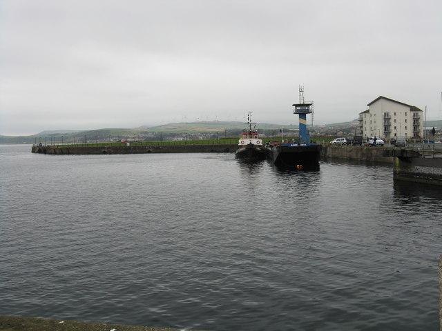 Ardrossan Harbour - inner basin