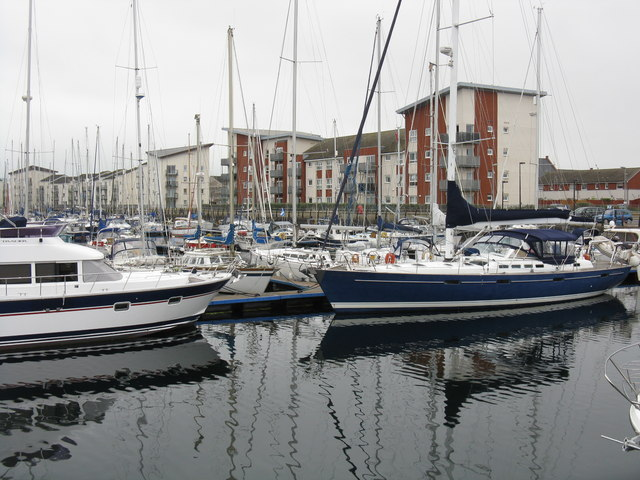Ardrossan Harbour - yacht marina
