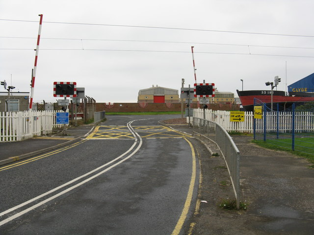 Ardrossan Harbour - level crossing