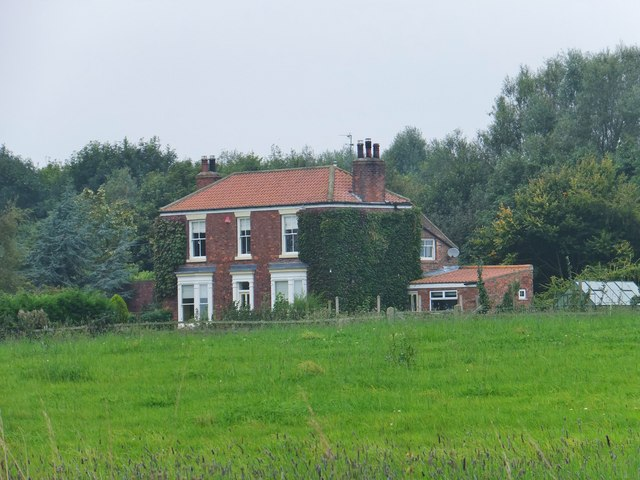 East End Road, Preston, Yorkshire