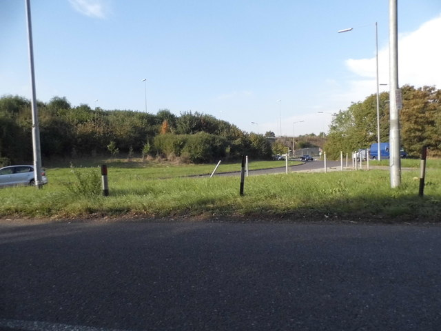 Denham Way at the junction of the M25