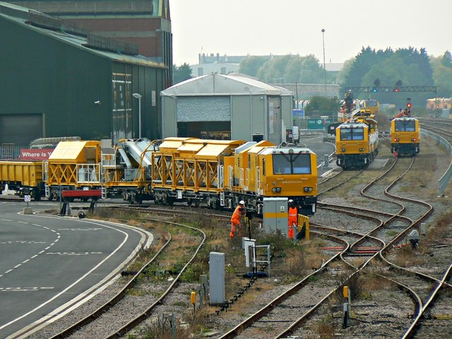 Track maintenance trains, near Transfer Bridge, Swindon