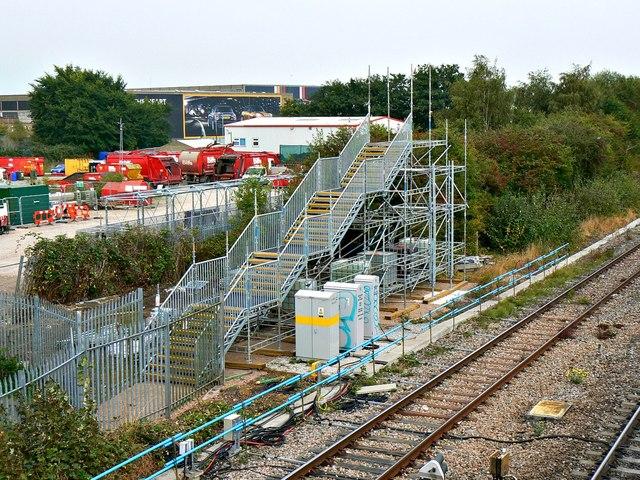 New footbridge, Paddington to the West railway, Stratton, Swindon (1)
