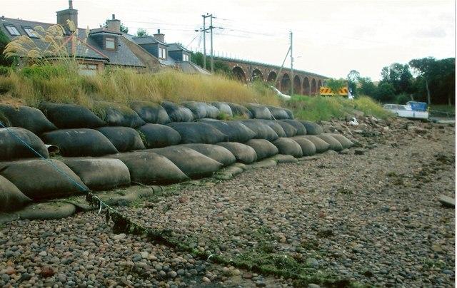 Rossie Island coastal defences