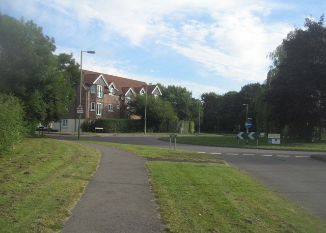 Approaching Cherrywood roundabout