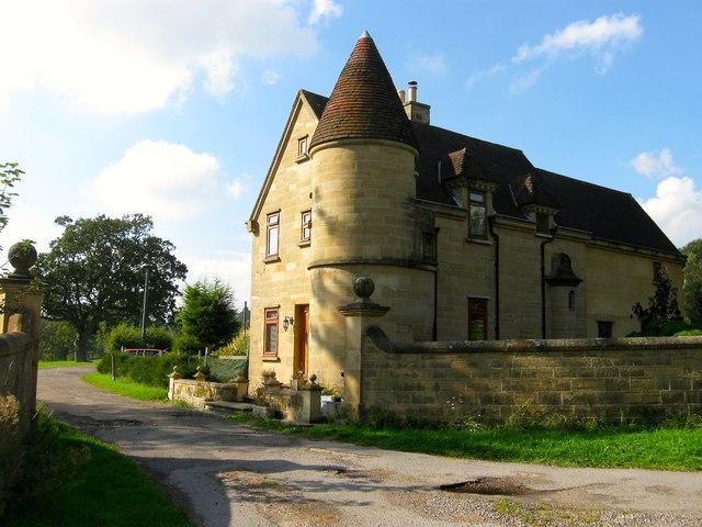 East Lodge, London Road