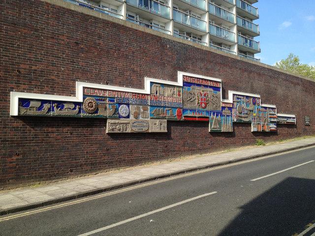 Mural ceramic, Hamtun Street, Southampton