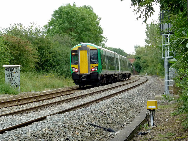 Train approaching Wilmcote Station, Warwickshire