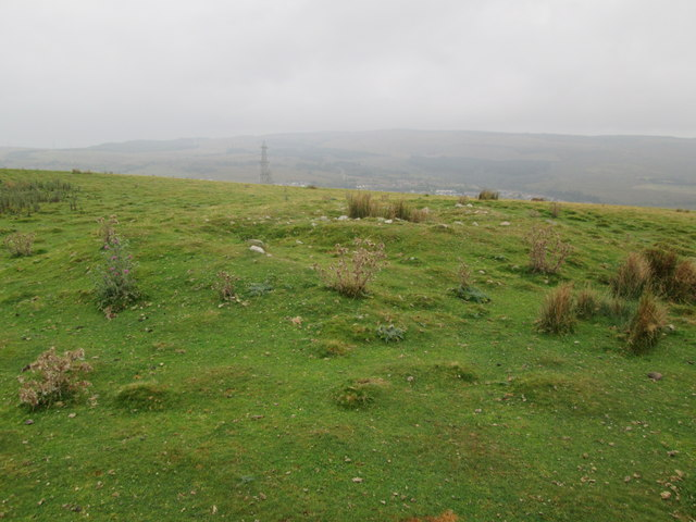 Twyn-Eithinog, Central, Cairn