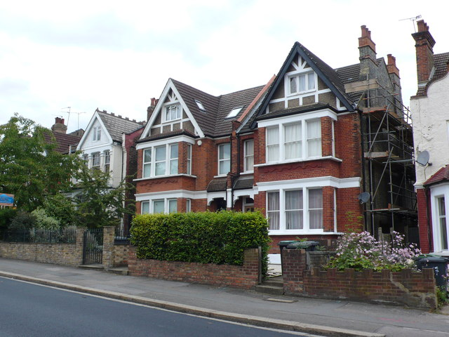 Houses in Alexandra Park Rd