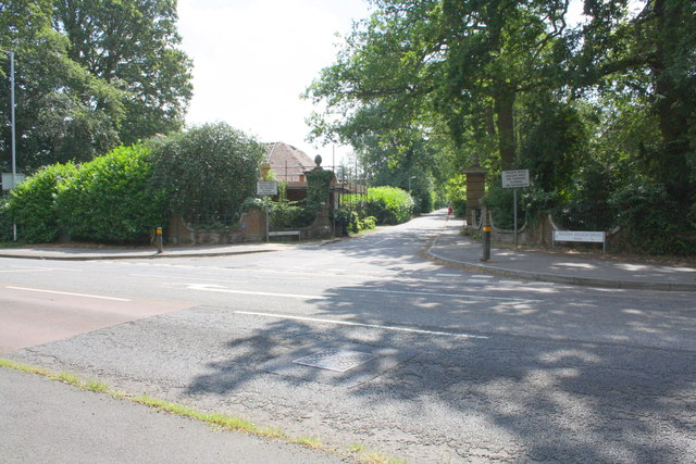 Junction of Wokingham Road and Maiden Erleigh Drive