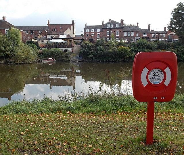 Across the Severn from Lifebuoy Station 23, Shrewsbury