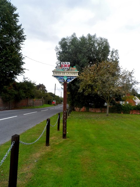 Layer de la Haye, village sign