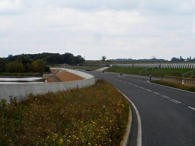 Abberton Reservoir, Sluice gate