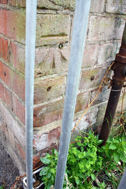 Benchmark on Earley Station