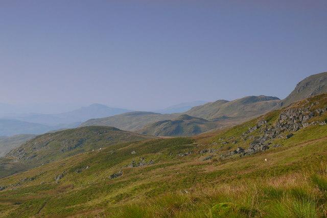 Llethrau dwyreiniol Arenig Fawr / Eastern slopes of Arenig Fawr