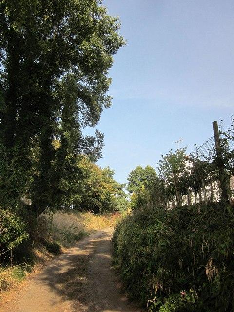 Route with public access, Tencreek
