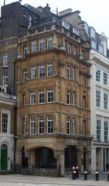 Blackwell House, Guildhall Yard