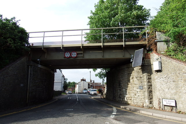 Railway bridge in east Malling