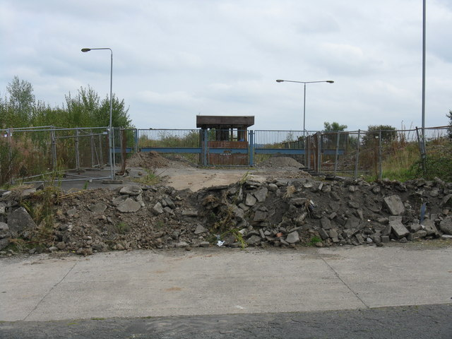 Disused gatehouse, Allied Distillers site, Dumbarton
