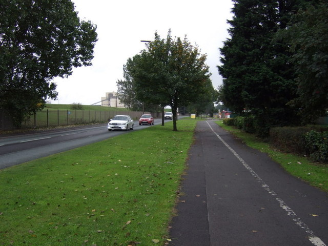 Cycle path beside Brigg Road (A1029)