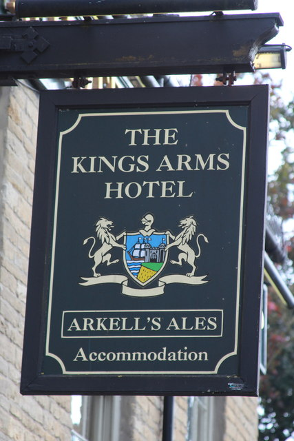 The Kings Arms Hotel sign
